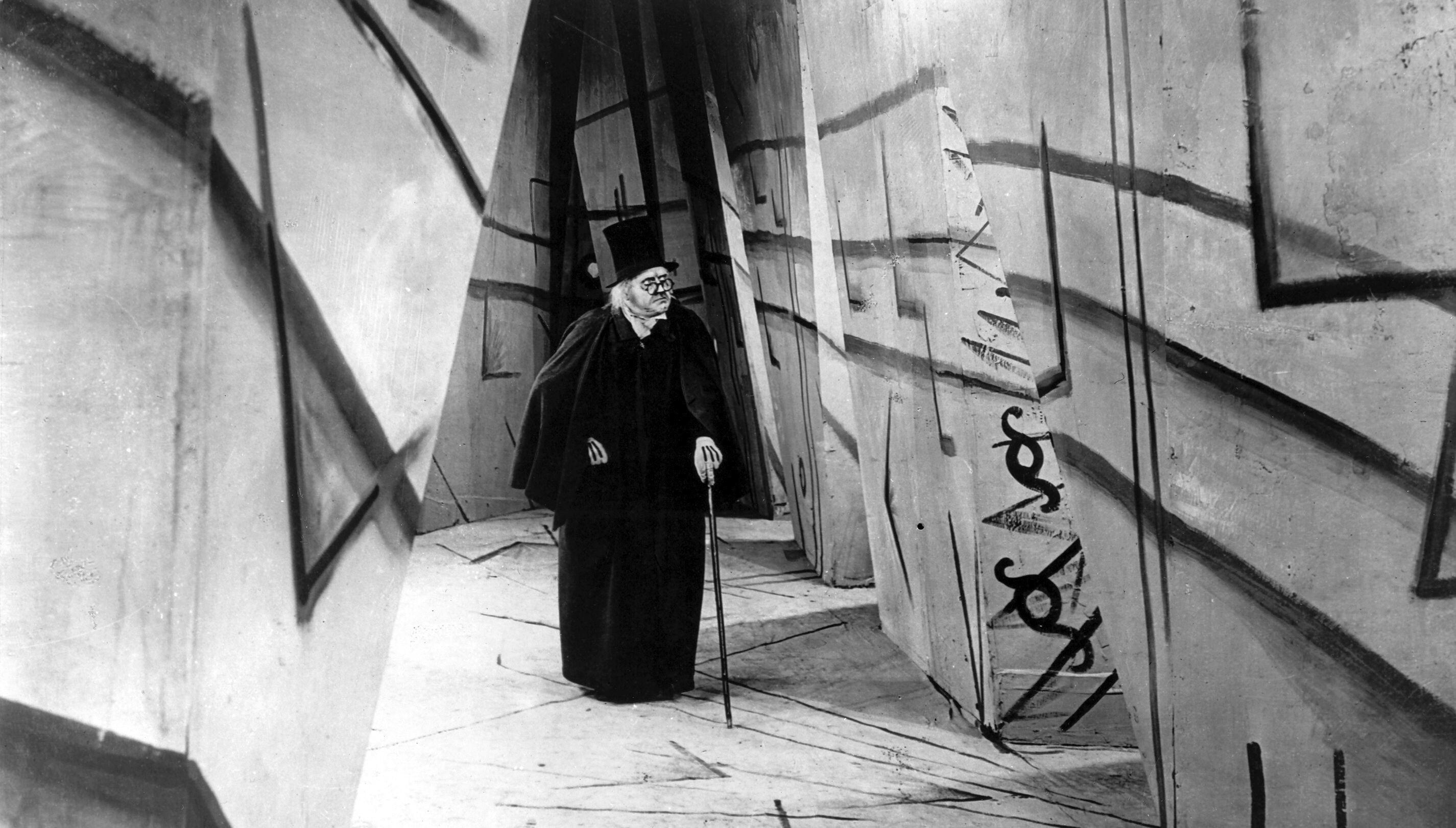 Das-Cabinet-des-Dr-Caligari-1920.jpg